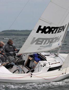 Nyrenoveret H-båd sælges i Aarhus